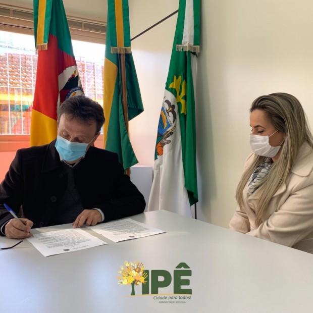 Foto de capa da notícia: PREFEITURA REALIZA MAIS UM REPASSE AO HOSPITAL SÃO JOSÉ
