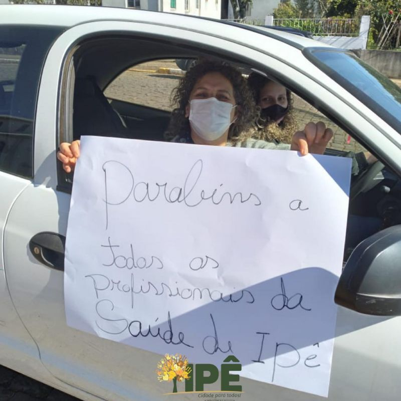 Foto de capa da notícia DRIVE THRU É MARCADO POR UM MISTO DE EMOÇÕES NESTA MANHÃ