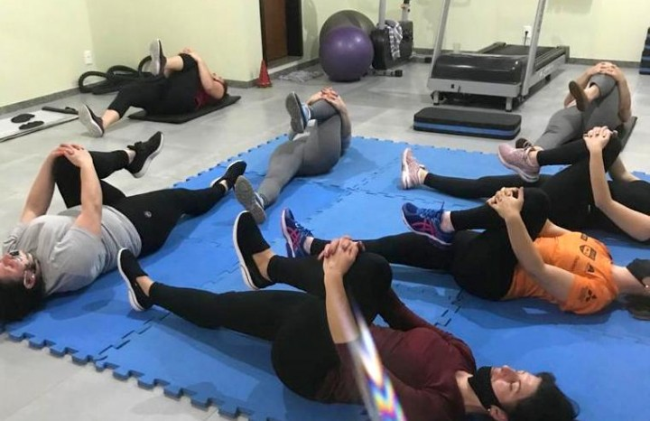 Alunos se exercitando no Studio Equilíbrio & Movimento de Nova Pádua