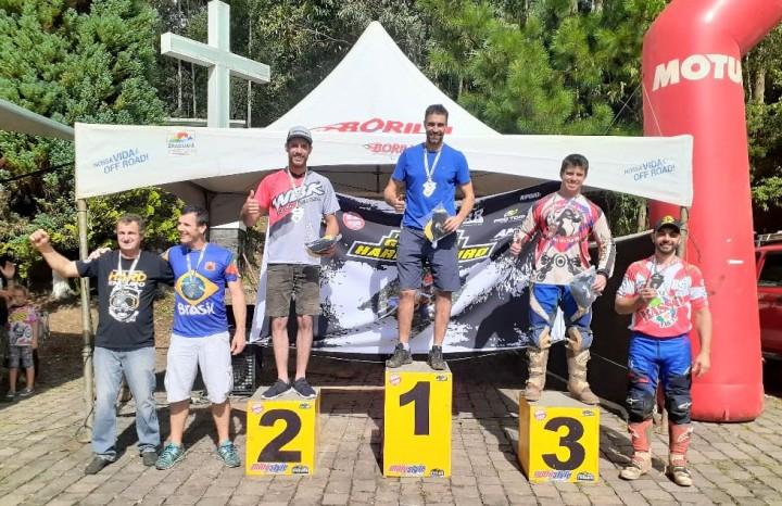 O piloto caxiense Gustavo Pellin venceu a categoria Gold