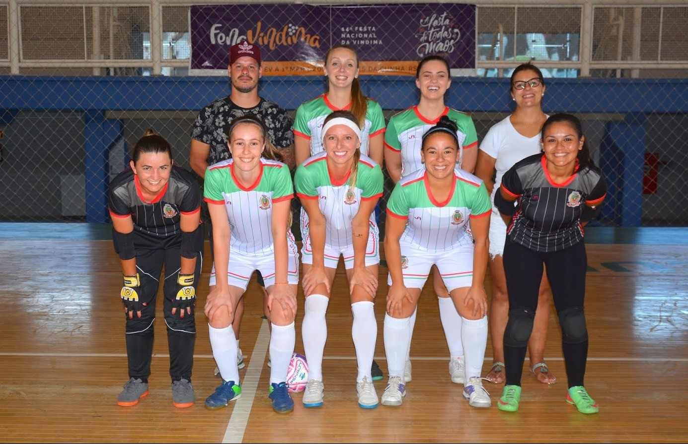 Flores da Cunha conhece o adversário da fase semifinal do futsal feminino