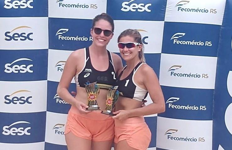 Duplas florenses ficam com o 2º e 3º lugar no vôlei de praia feminino