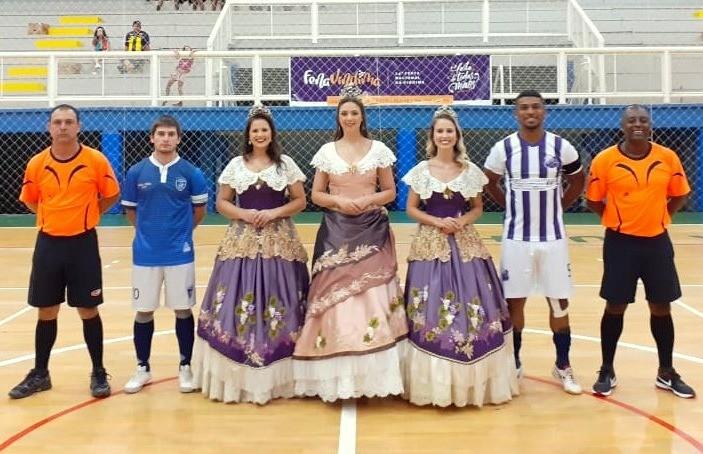 Bola Bola e Polar estreiam com vitória na Copa FenaVindima de Futsal
