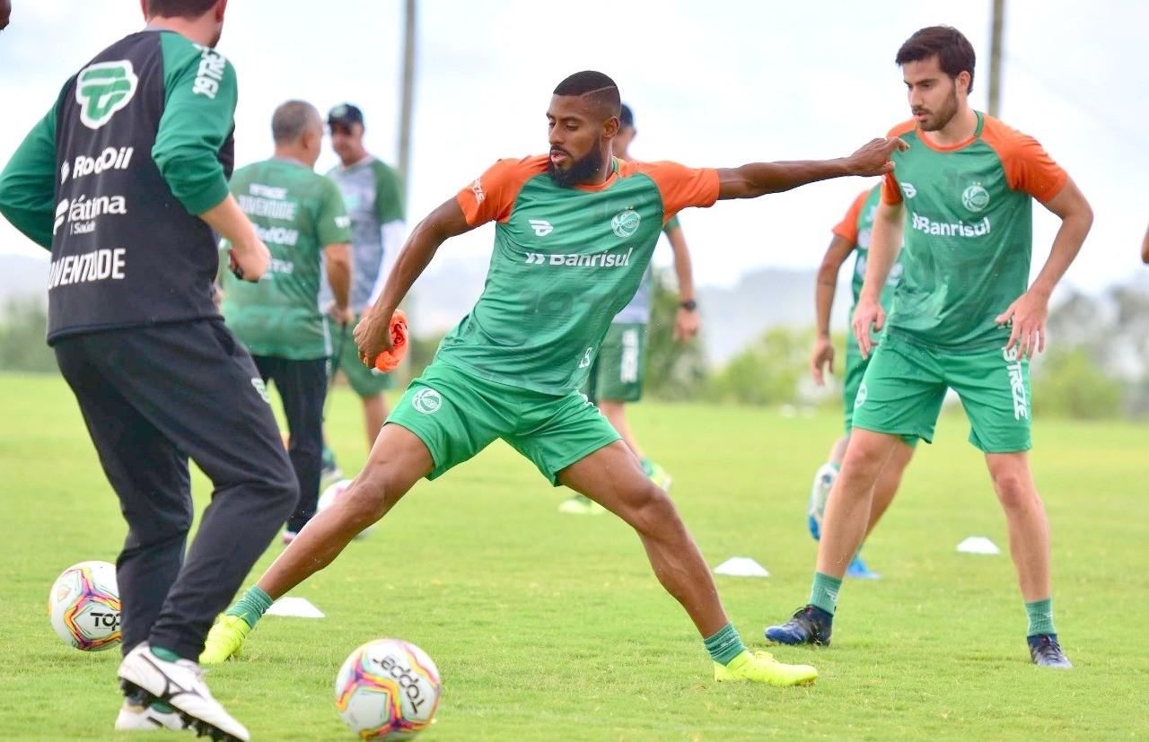 Juventude realiza primeiro jogo-treino do ano neste sábado, em Flores da Cunha