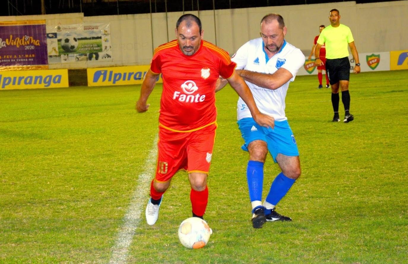 Rui Barbosa e São Cristóvão decidem o título do futebol de campo master