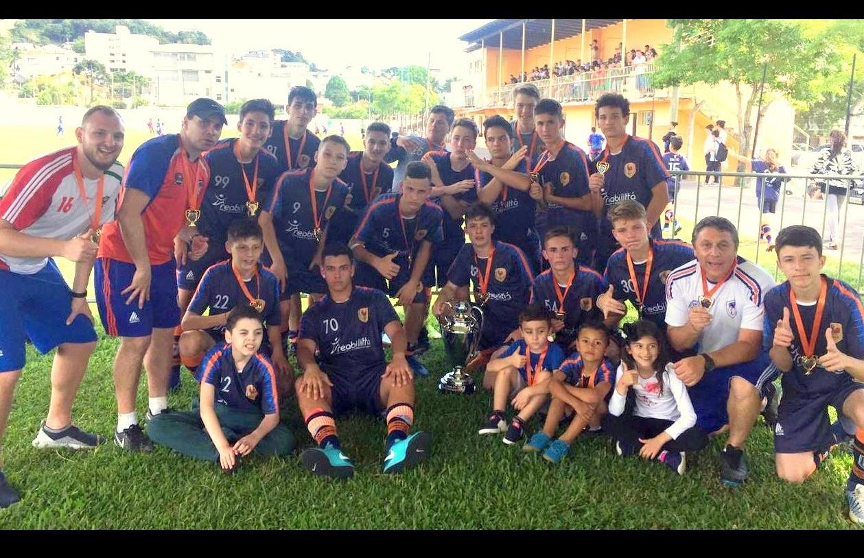 Sub 15 do Galo F.C é campeão da Copa F7 de Futebol 7