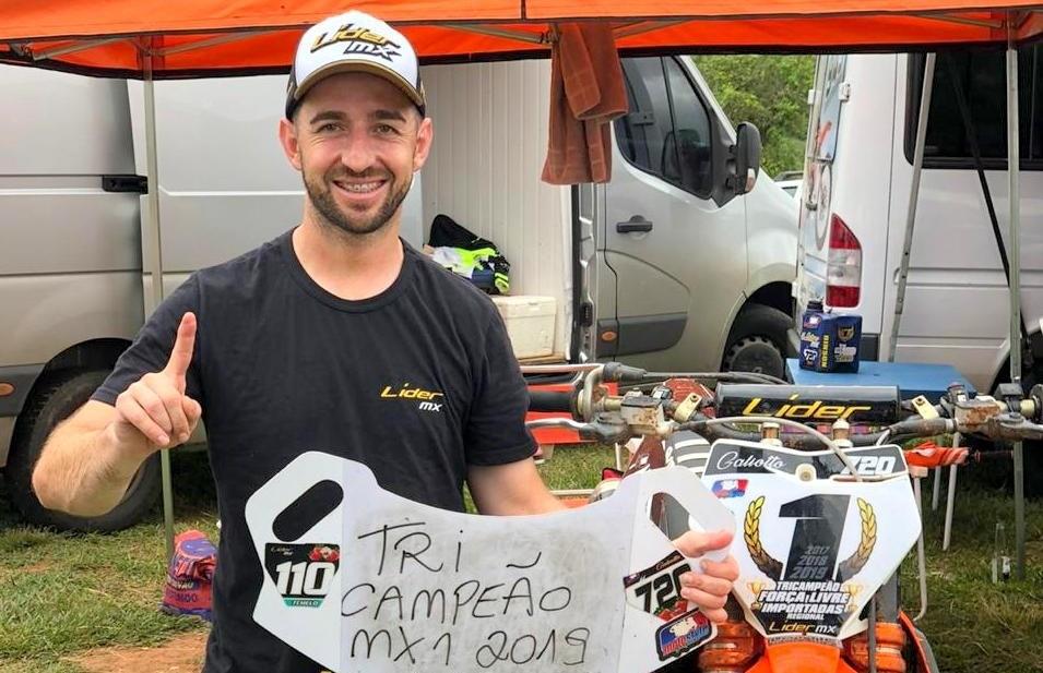 Piloto Rodrigo Galiotto é tricampeão do Regional de Motocross