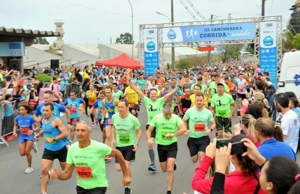 Atletas florenses participam da 3ª edição da Corrida e Caminhada da Saúde