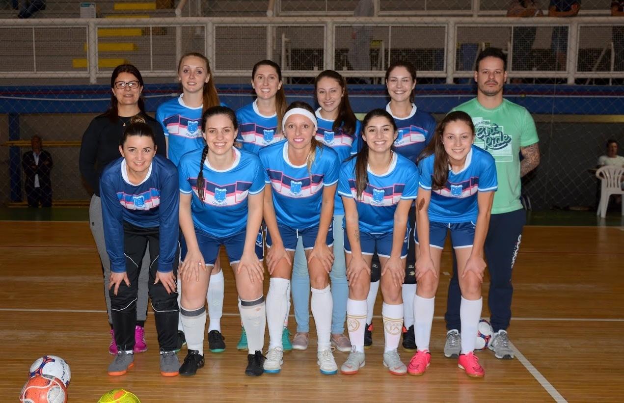Selecionado florense de futsal feminino perde 1º amistoso preparatório para a Copa Fenavindima 2020
