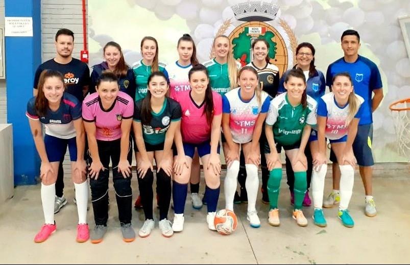 "As ""selecionáveis"" do futsal feminino de Flores da Cunha"