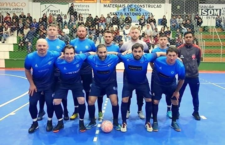 Florenses conquistam o título do futsal veteranos em Ipê