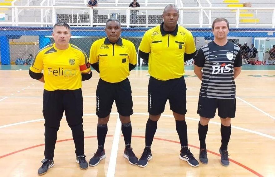 Pitanguá e J.S.A garantem vaga na fase de quartas de final do futsal veteranos