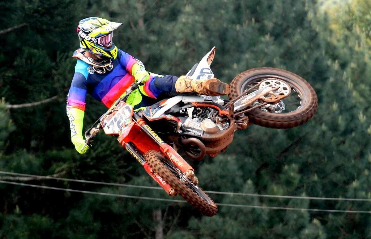 Piloto florense Rodrigo Galiotto participa da etapa do Gaúcho de Motocross