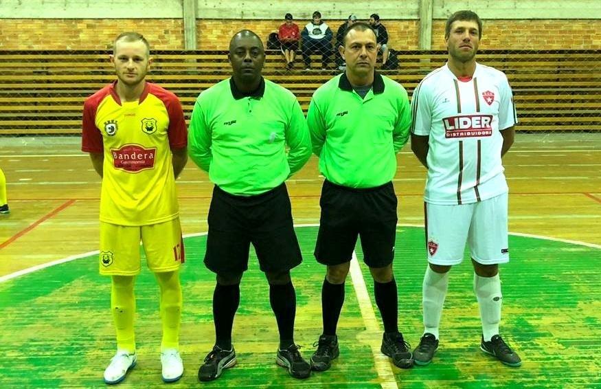 Definidas as equipes classificadas para as quartas de final do futsal paduense