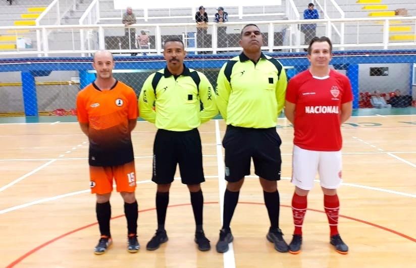 Nacional vence e garante a classificação no futsal veteranos de Flores da Cunha