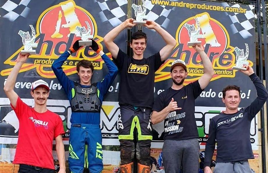 Rodrigo Galiotto segue na liderança após a 7ª etapa do Regional de Motocross