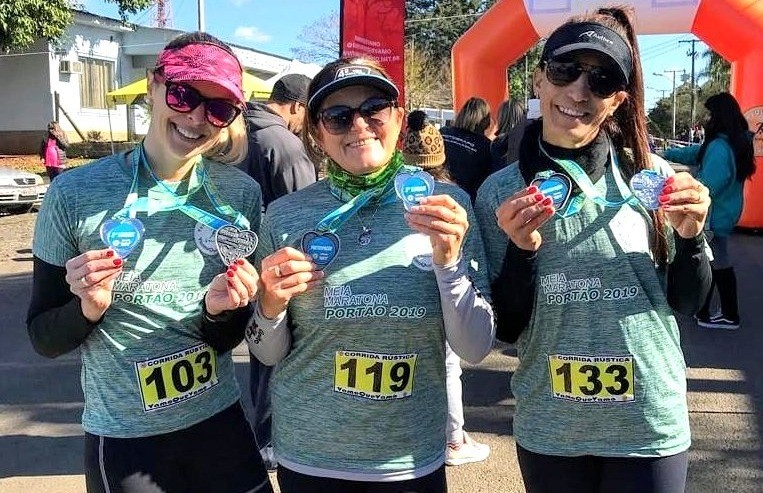 Atletas florenses participam da meia maratona de Portão, na região metropolitana do Estado