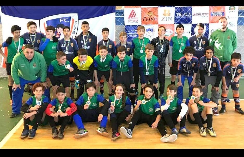 Projeto Jogar, de Nova Pádua, é campeão do 1º Torneio Prata na categoria Sub 13