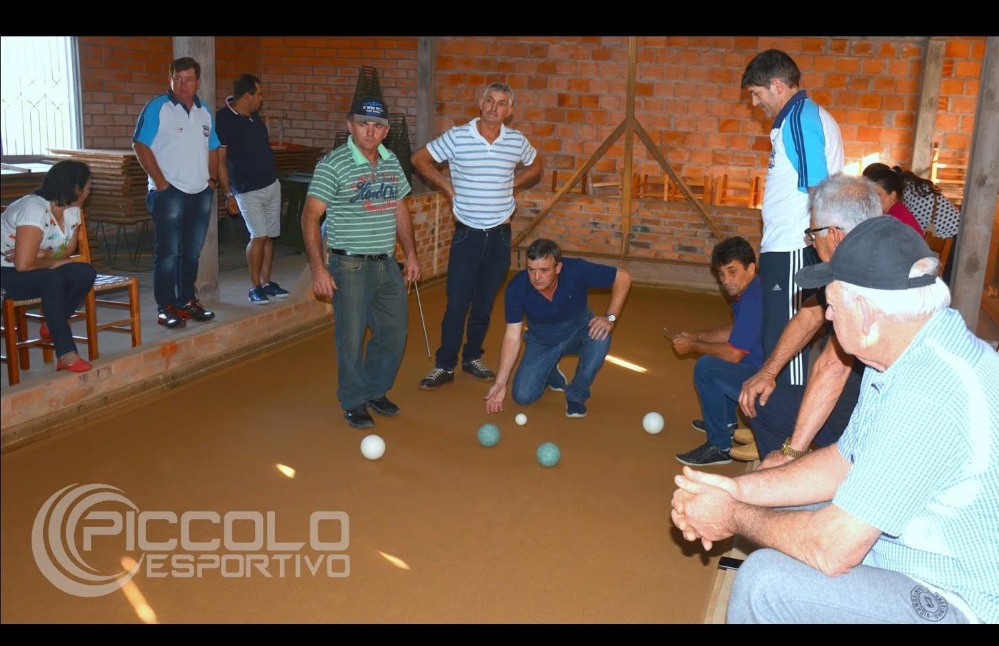 Curuzu vence e decide o título do municipal de bochas de Nova Pádua contra o Acioli
