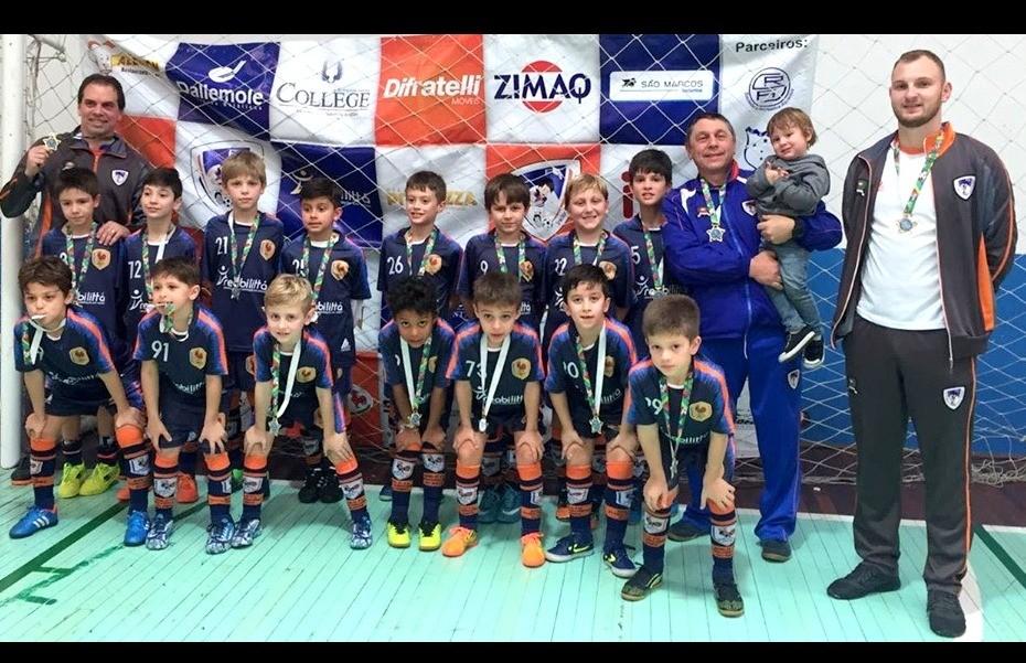Galo F.C participa do festival Sub 09 de Futsal em Nova Prata