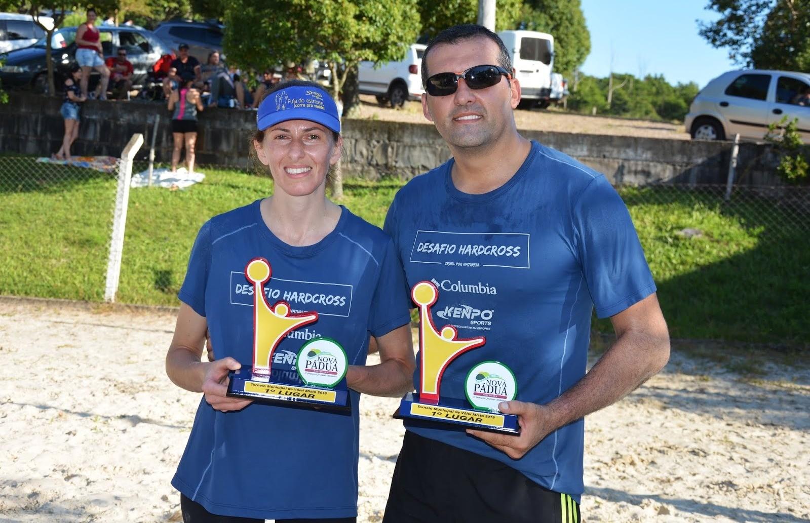 Ronaldo e Vivia conquistam o título do torneio de vôlei de praia misto de Nova Pádua