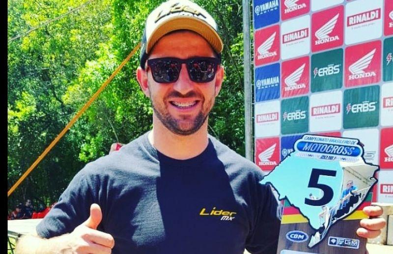 Galiotto e Menegat estão entre os melhores pilotos do motocross brasileiro