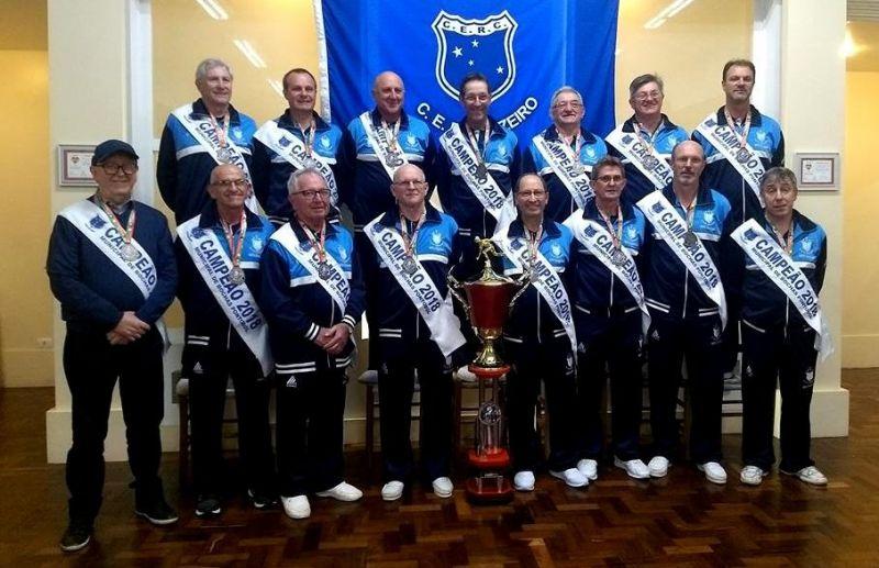 Cruzeiro recebe as faixas pela conquista do 4º título do Municipal de Bochas Pontobol