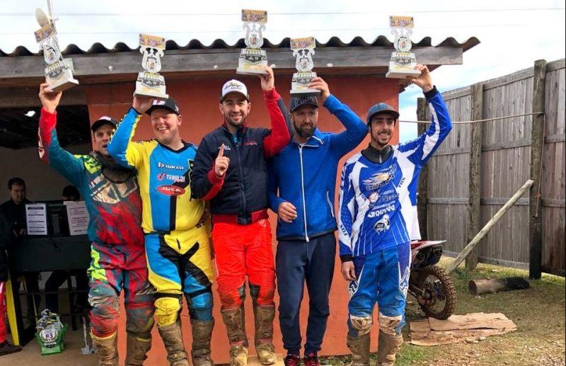 Rodrigo Galiotto Leonardo Menegat tem bons resultados no Serrano de Motocross