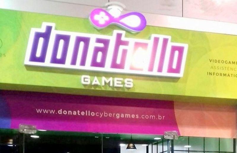 Escola FC Iniciação Esportiva promove campeonato de futebol de vídeo game