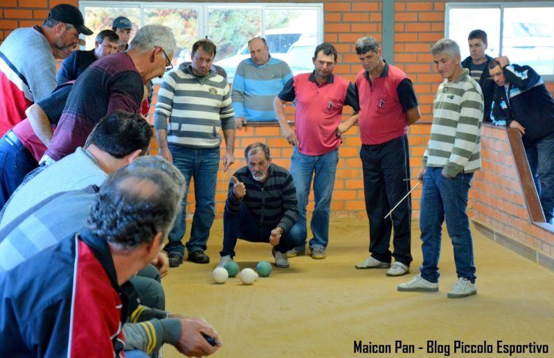 Bonito e Cerro Largo empatam jogo de ida da semifinal do municipal de bochas