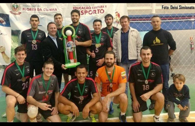 TDS/Genial Flex conquista o torneio aberto de voleibol de quadra masculino
