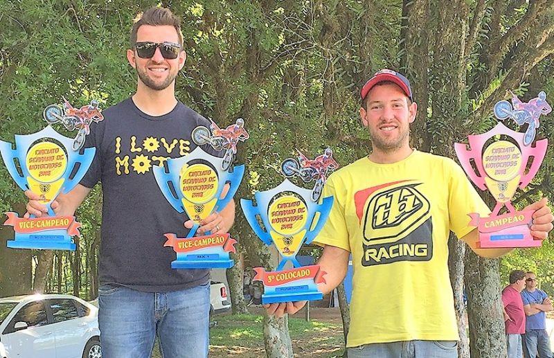 Piloto paduense é campeão do Serrano de Motocross