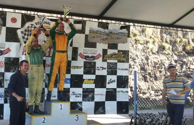 Piloto vence a 4ª etapa do kart e assume a liderança
