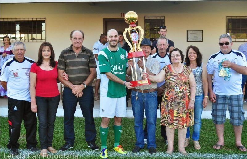 Paduense conquista 12º título do futebol de campo de Nova Pádua