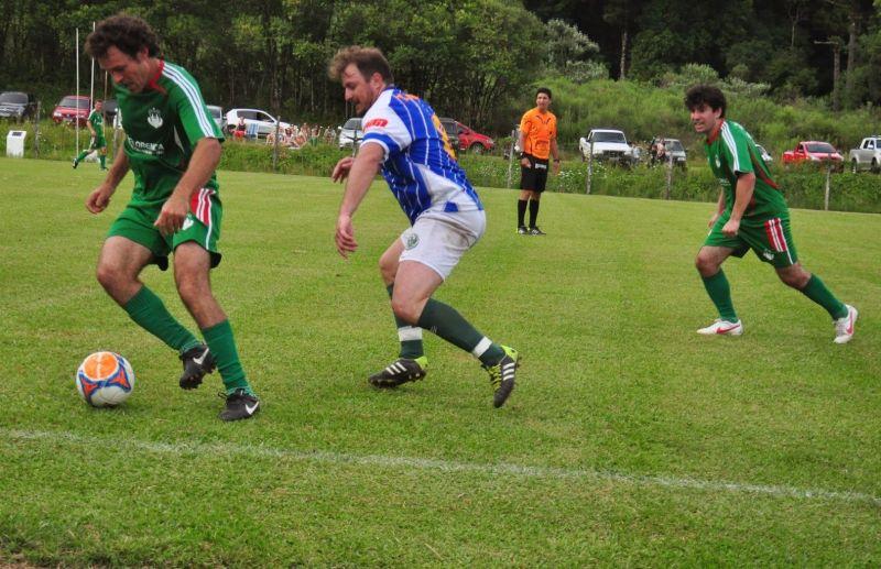 Paduense e Ferroviário fazem a final do futebol de campo de Nova Pádua