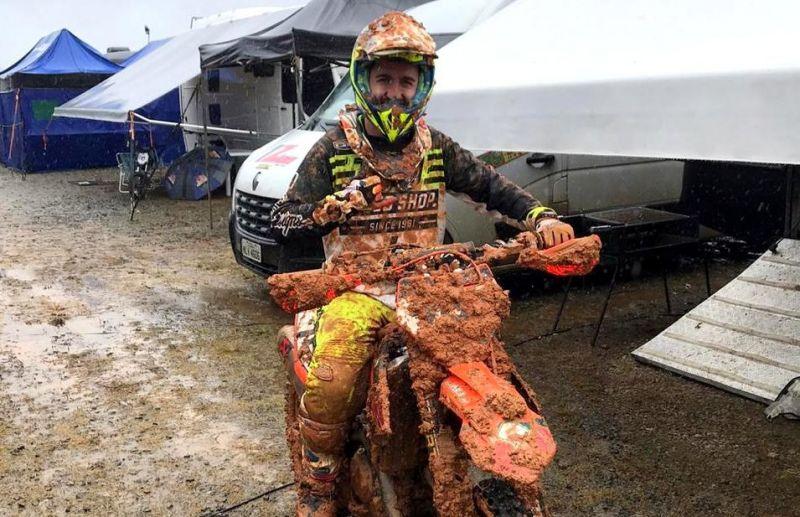 Piloto Rodrigo Galiotto abandona a prova do Brasileiro de Motocross