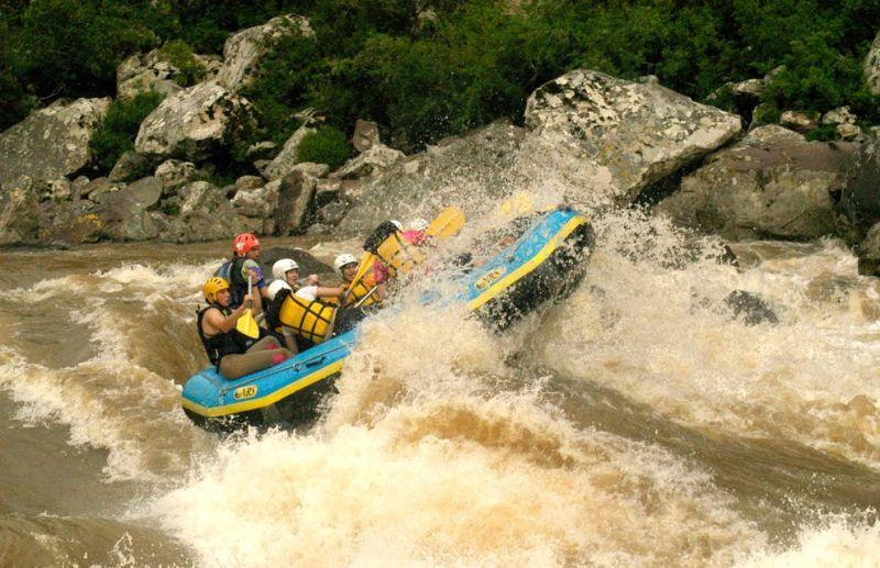 Rafting: um esporte que envolve coragem e adrenalina