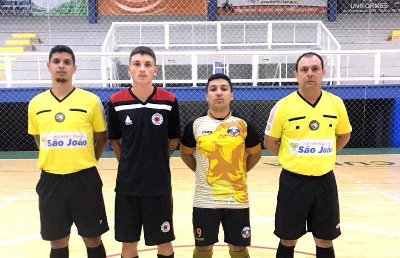 Legião E.C vence e confirma a liderança da chave A do futsal juniores