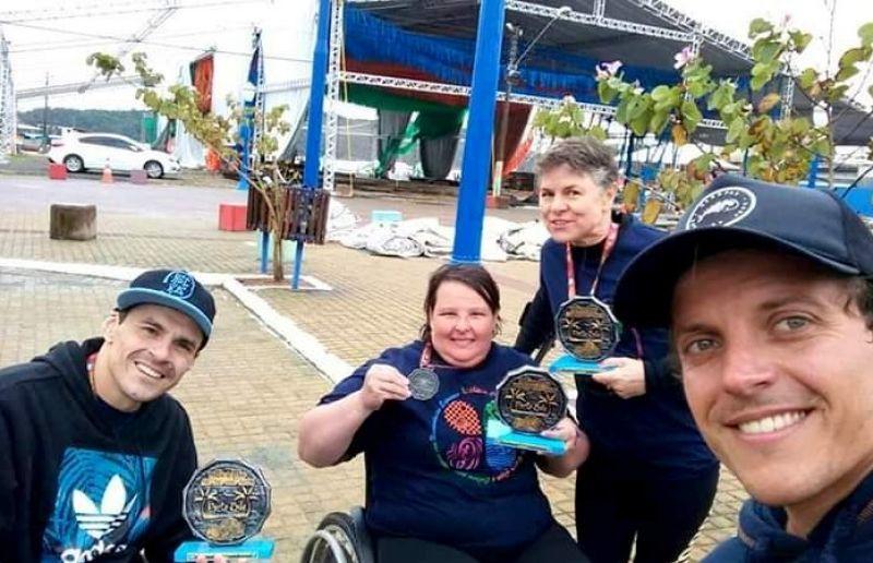 Paratletas buscam apoio para participar da maratona aquática de Porto Belo/SC