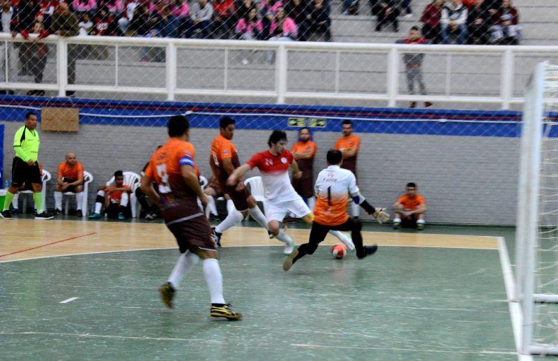 Chegou o dia. Futsal Série Prata de Flores da Cunha inicia nesta terça-feira