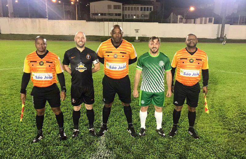 Palmeiras/Caravaggio e Rosário vencem no futebol de campo veteranos