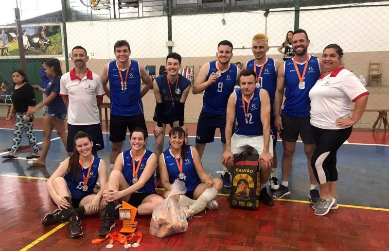 Foto Equipe Cramento Vôlei fica com o 2º lugar no torneio realizado em Montenegro/RS
